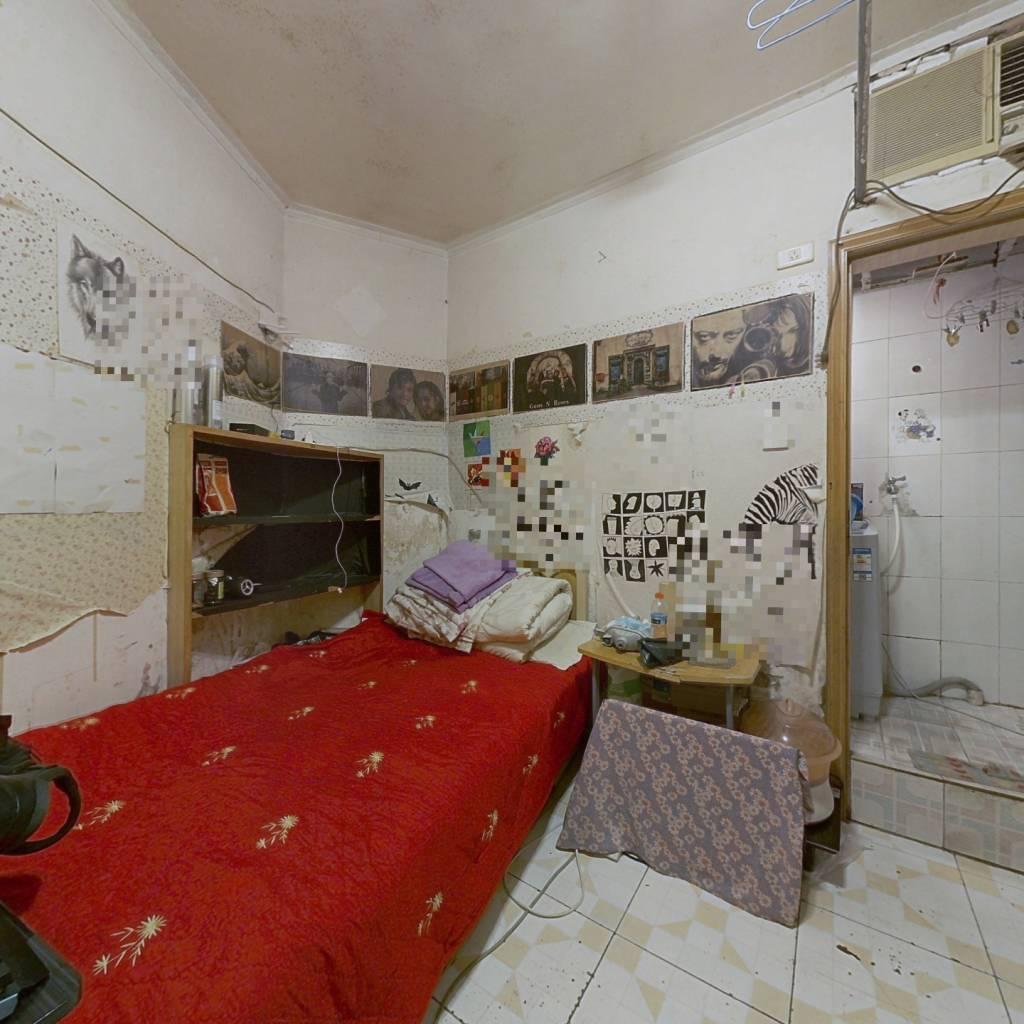 新鸿基花园 1室0厅 东