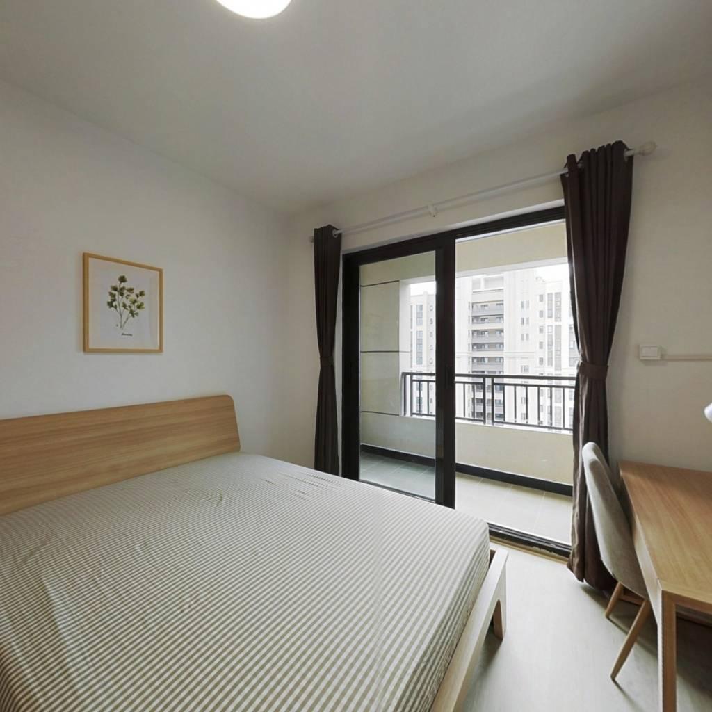 合租·华润翡翠城 4室1厅 南卧室图