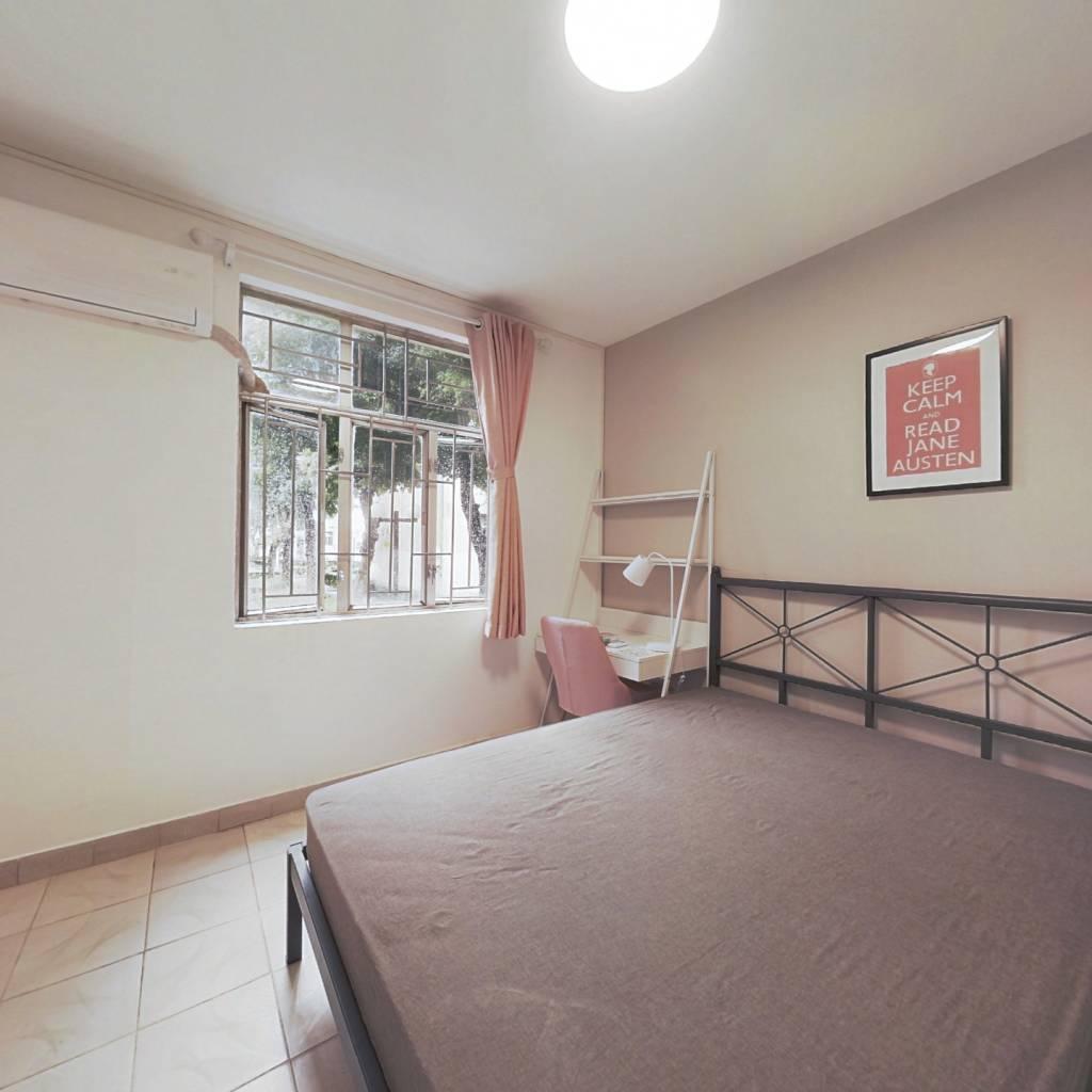 合租·福华新村 4室1厅 东卧室图