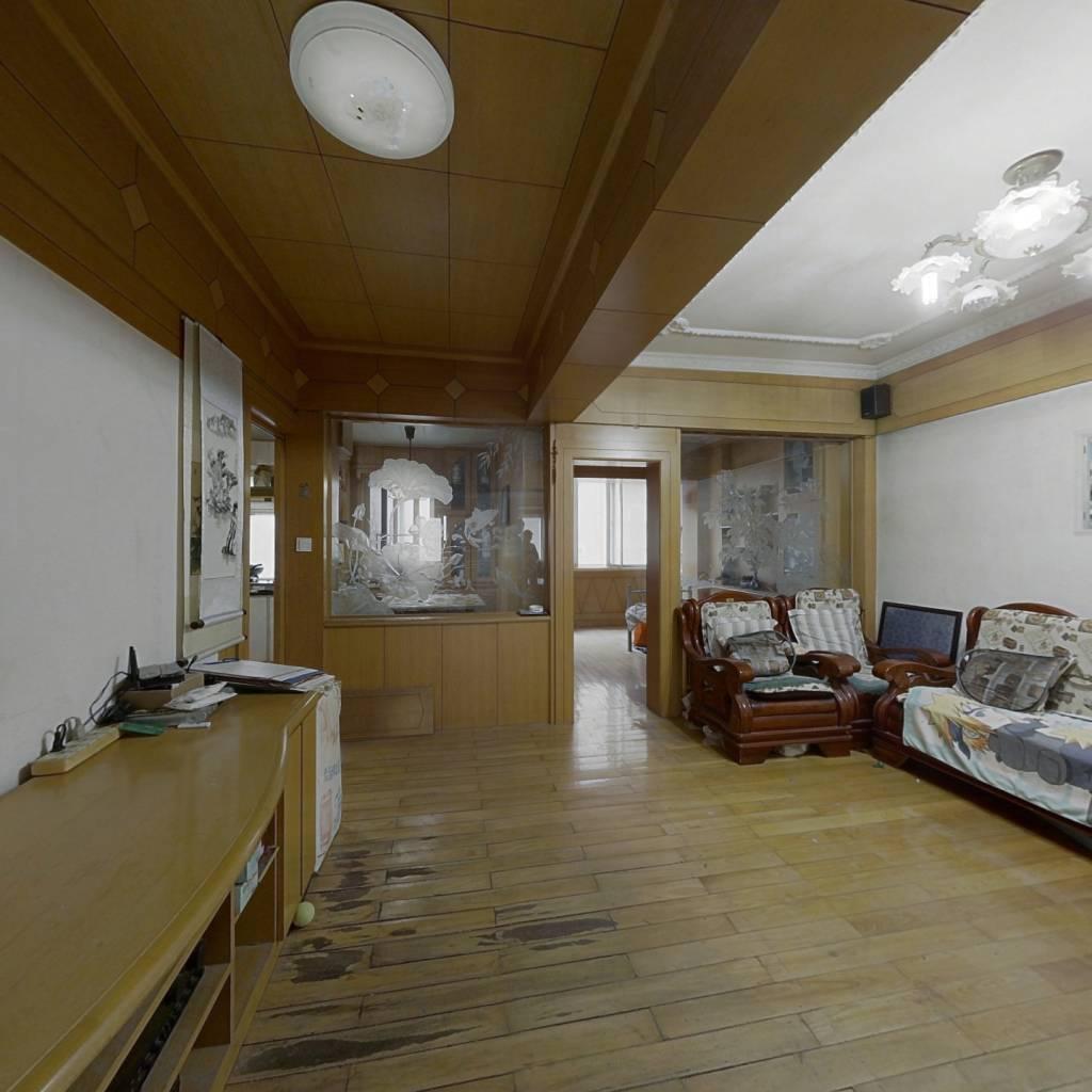 北良公寓 2室2厅 145万