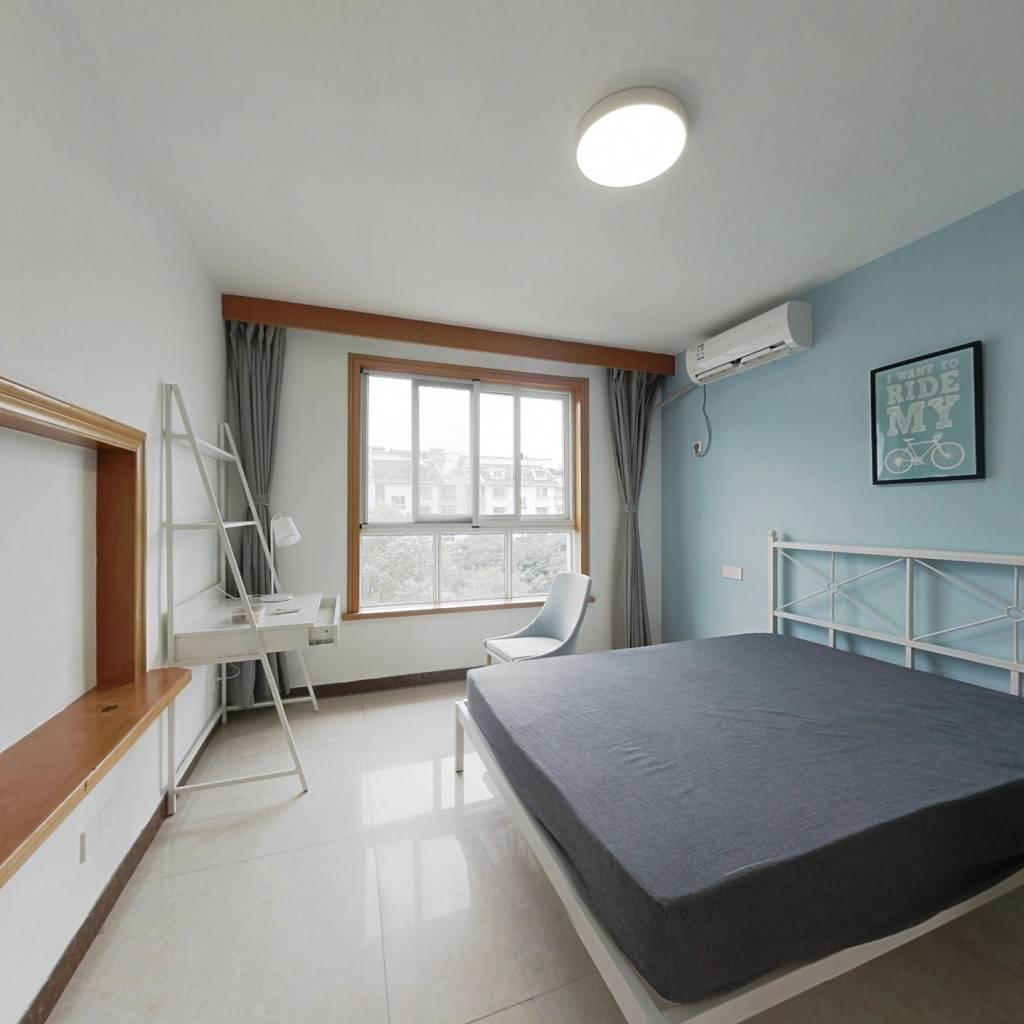 合租·江虹小区 4室1厅 北卧室图