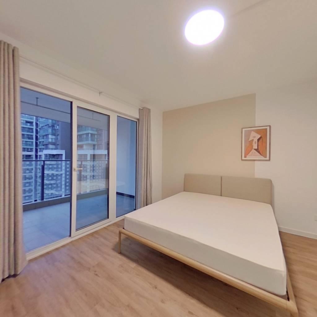 合租·金茂光明城市 4室1厅 东卧室图