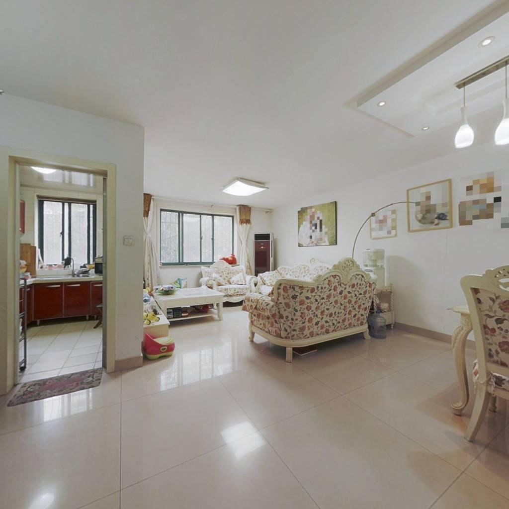 环宇城对过 精装大两室 房主急售 交通便利 生活舒适