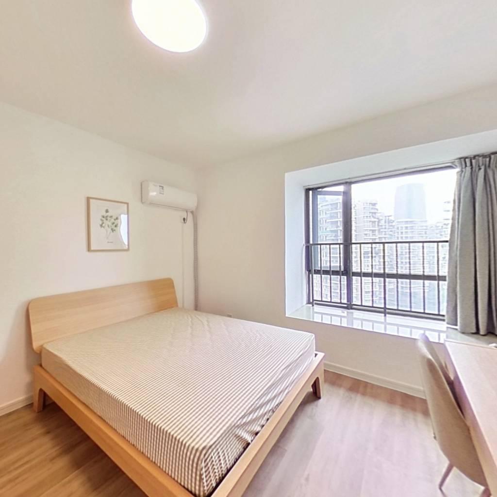 合租·英郡三期 4室1厅 东南卧室图