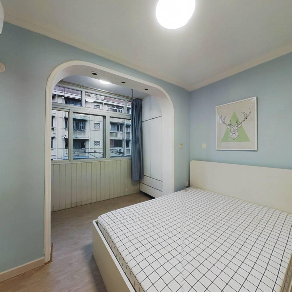 整租·阳二小区 1室1厅 南卧室图