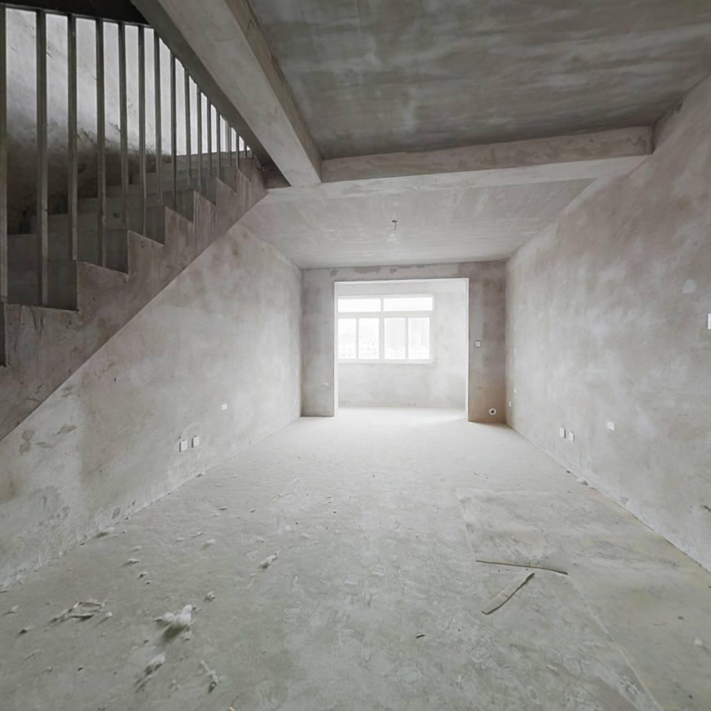 蒋浦新村 顶楼复式  有钥匙  随时可看