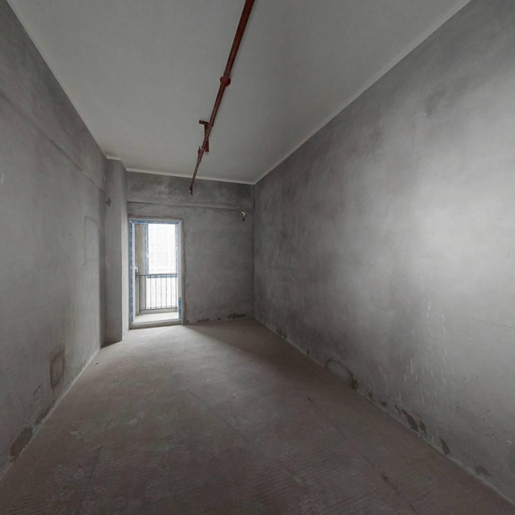 本房小户型的清水公寓,地理位置优越。