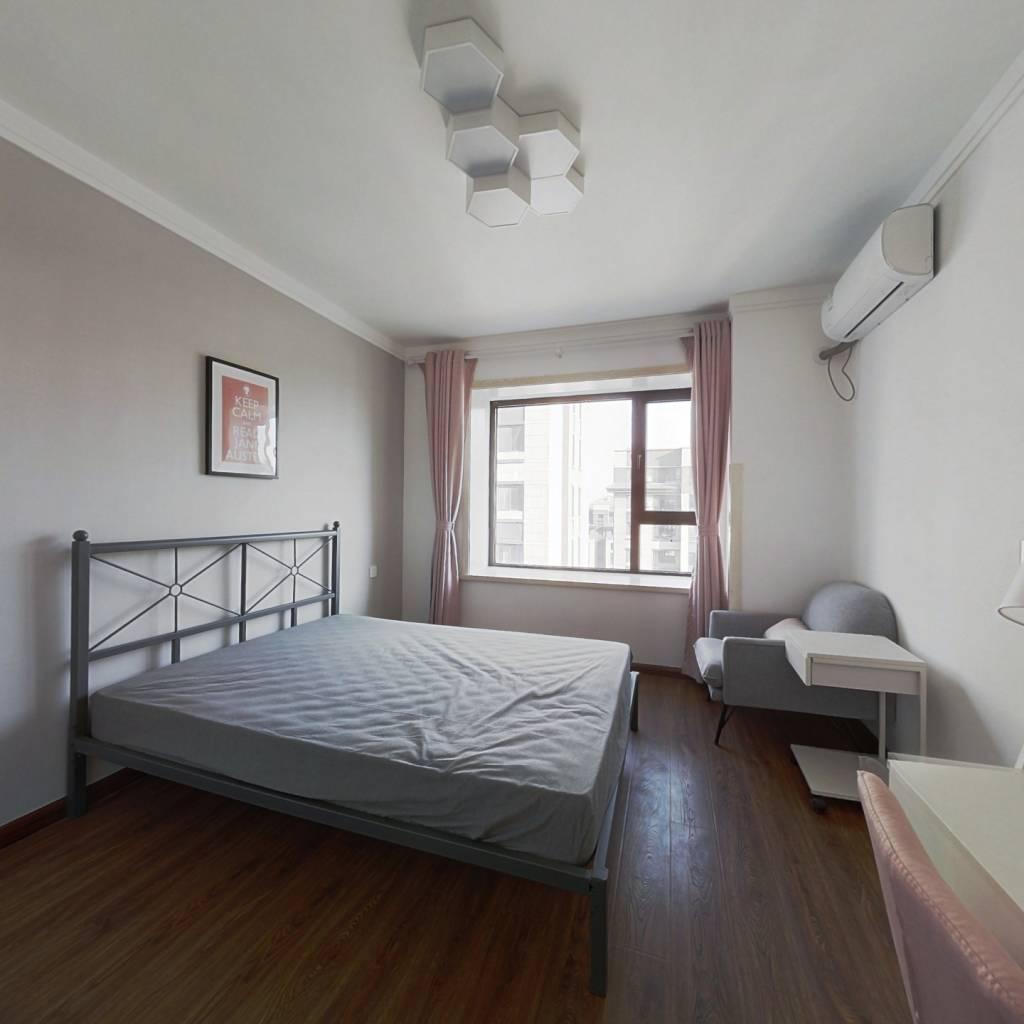 合租·社会山北苑 4室1厅 南卧室图