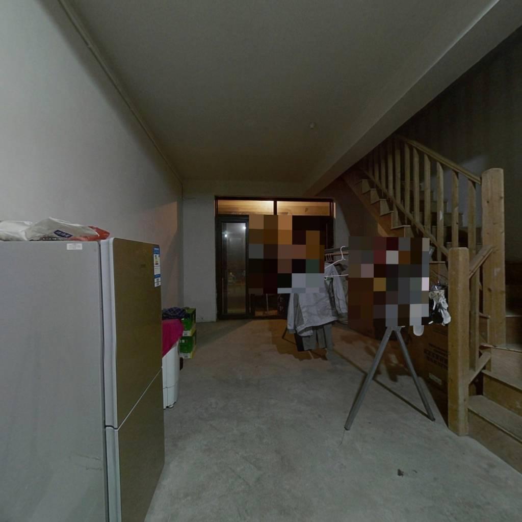 淀山湖花园A区(尚苑) 6室2厅 南 北