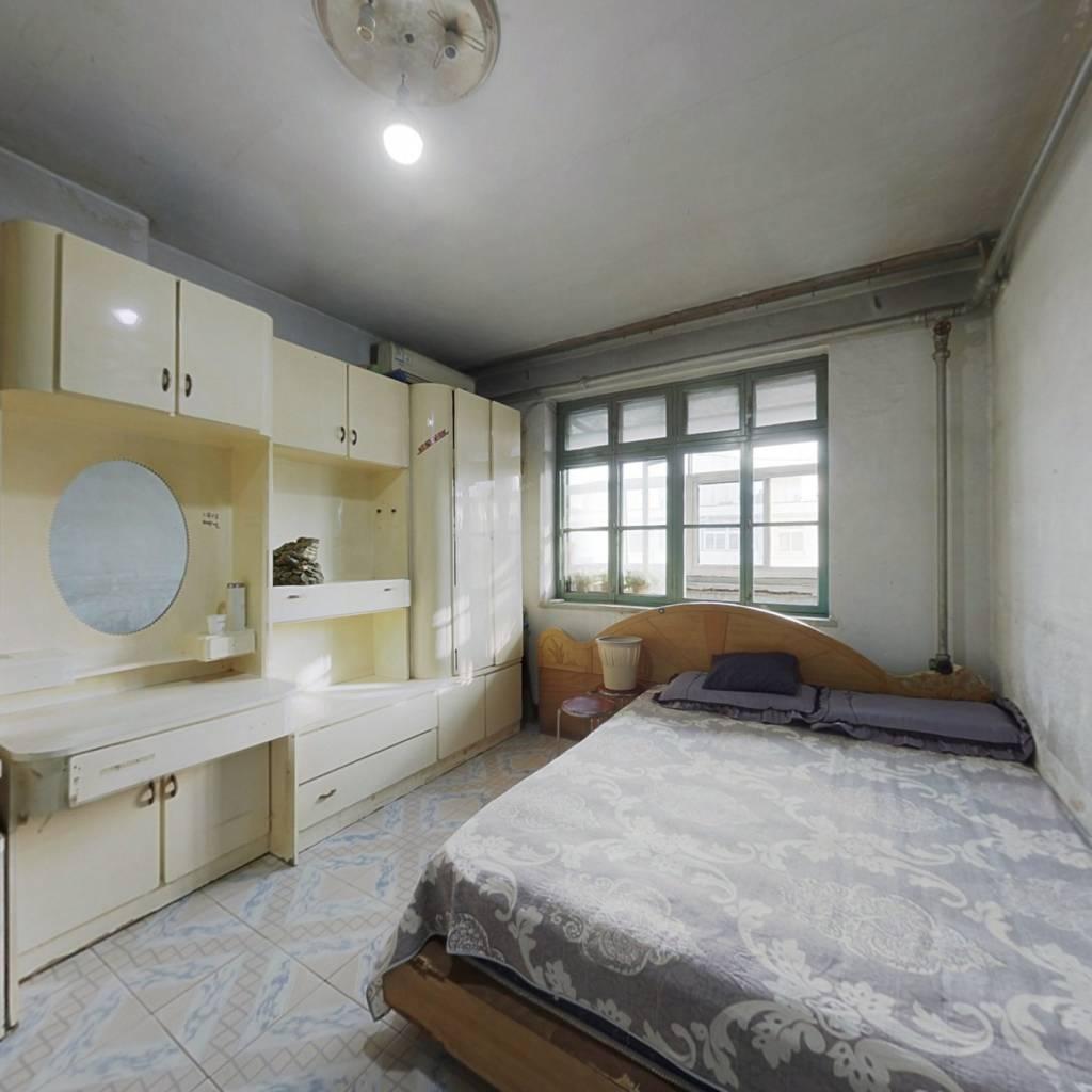 新桥里小区 一室一厅 交通便利 小区环境干净舒适