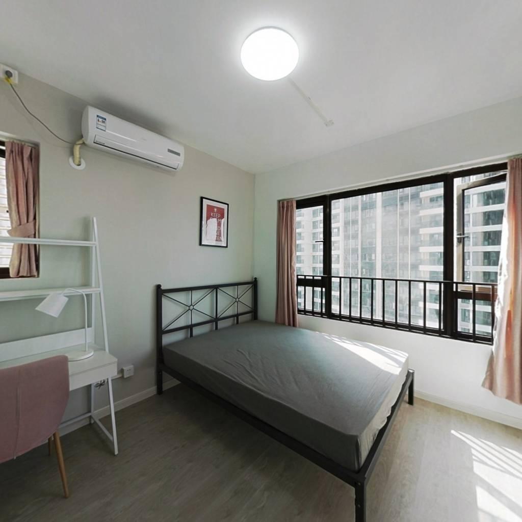 合租·拾悦城 4室1厅 东南卧室图
