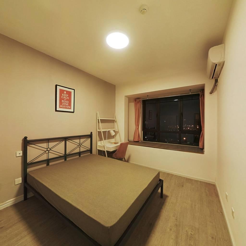 合租·中房优山PLUS 4室1厅 西南卧室图