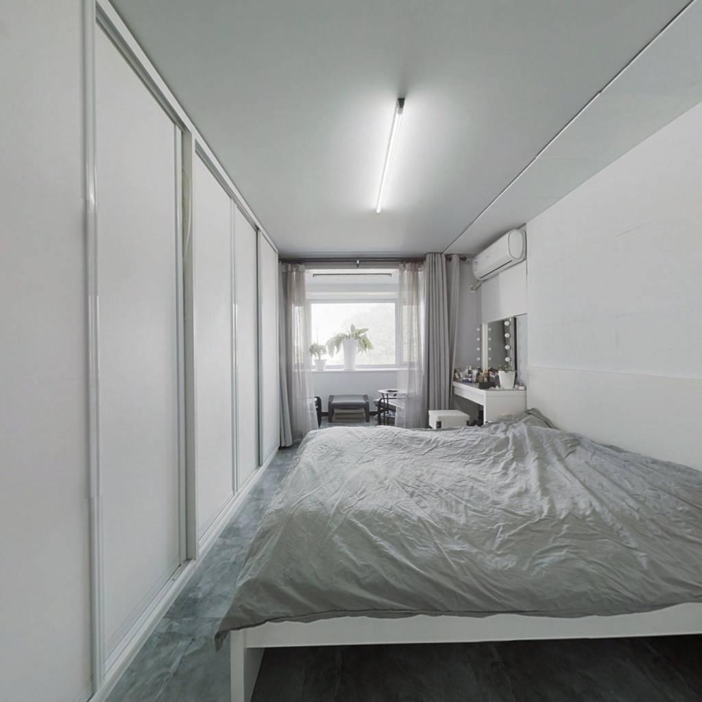 西直门 新街口 精装两居室 拎包入住