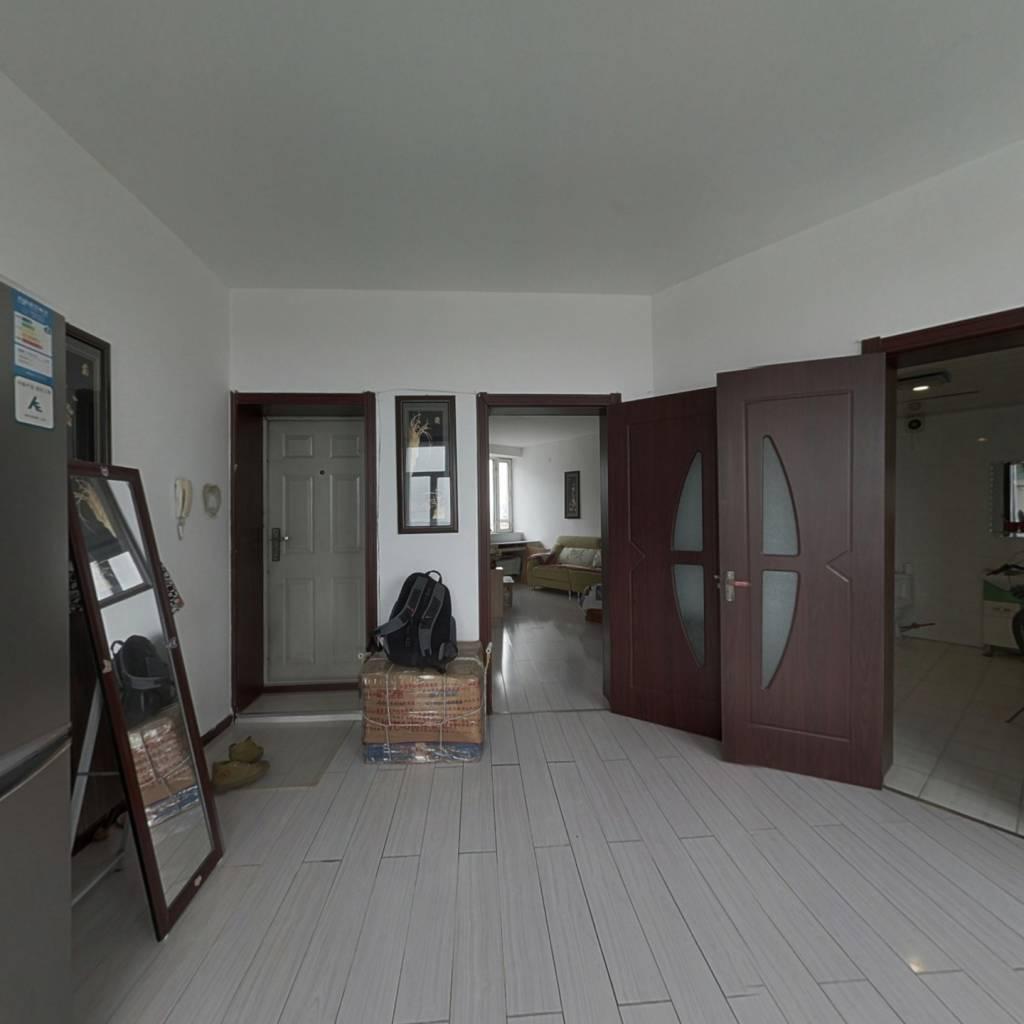 此房满五年 全屋通透式格局 采光好 视野开阔