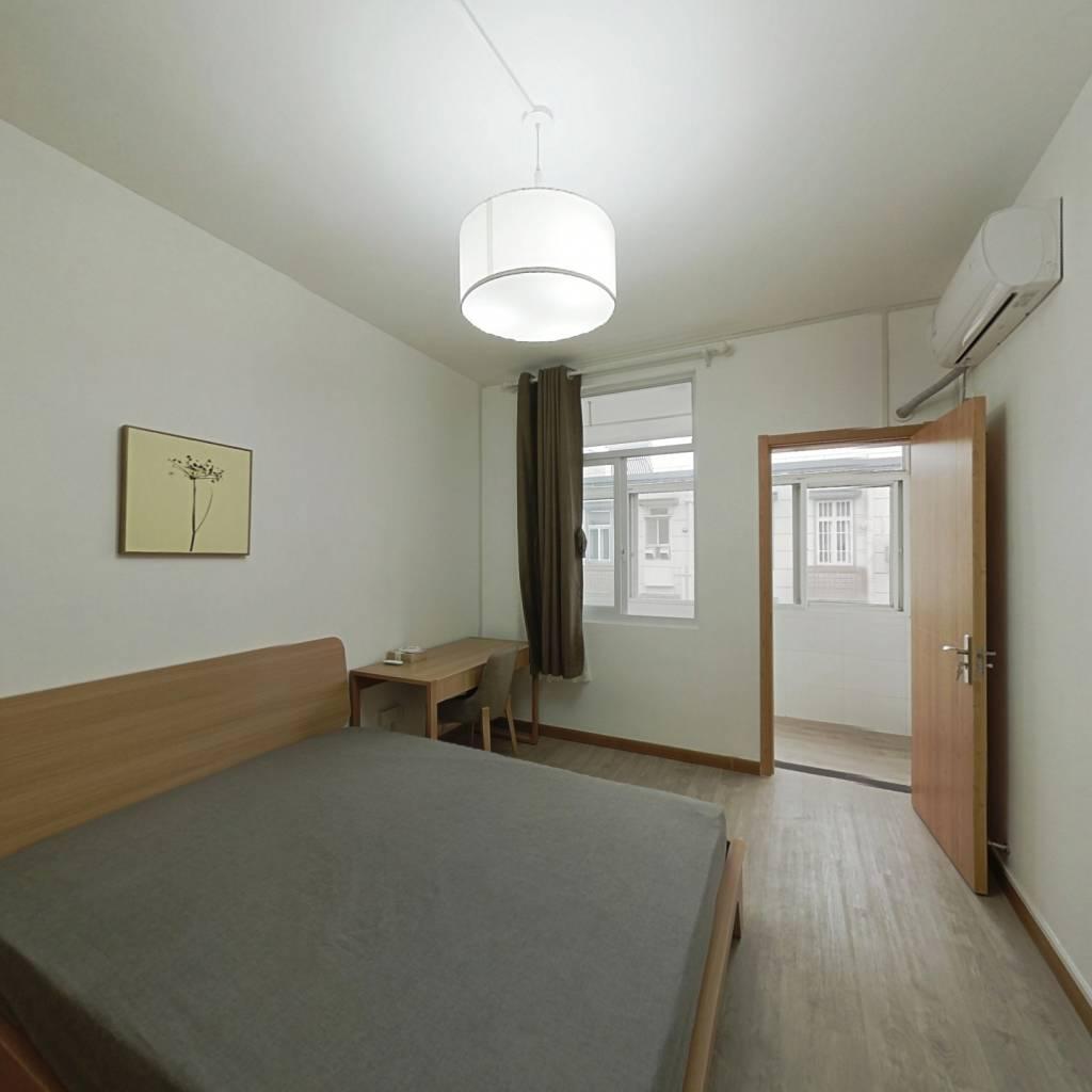 整租·来凤街 2室1厅 南卧室图