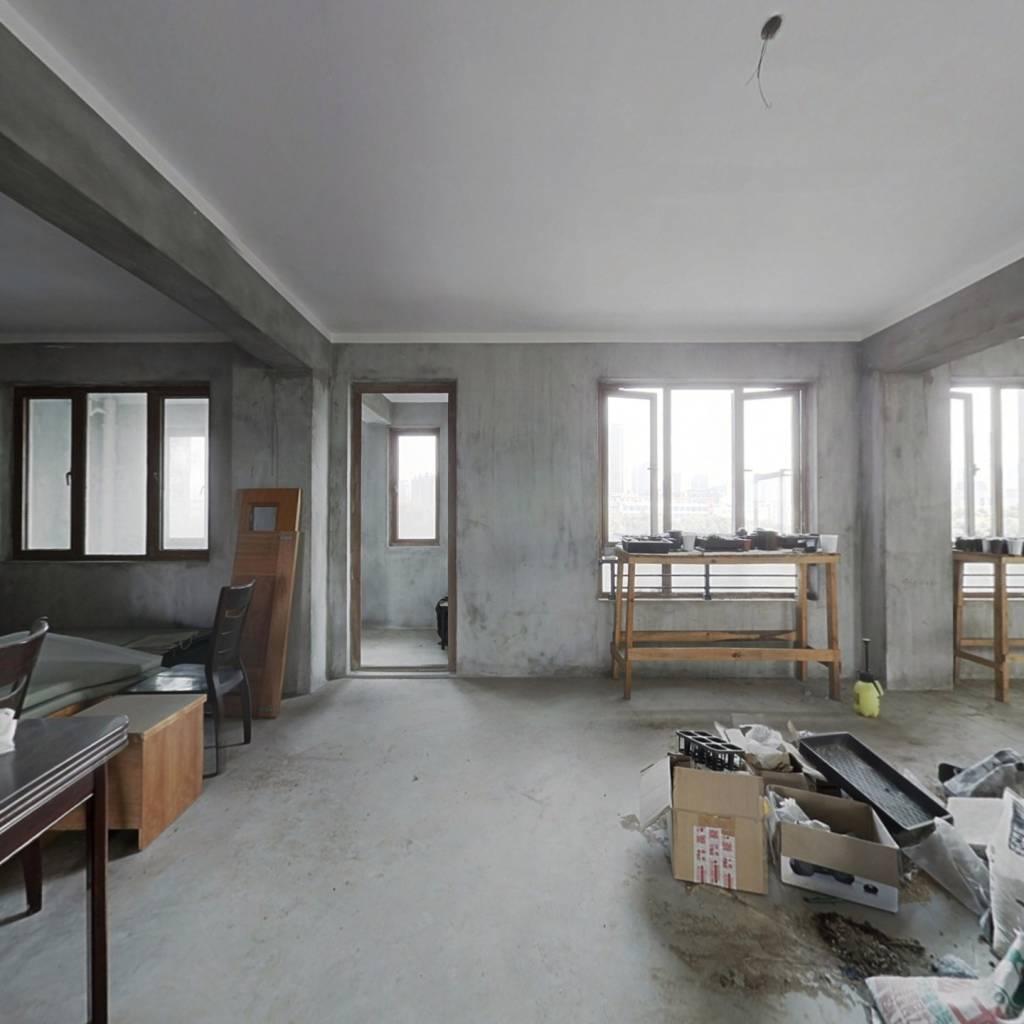 天伦名苑5室毛坯+繁华地段+钥匙看房