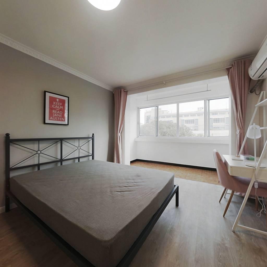 合租·东苑佳佳花园 3室1厅 南卧室图