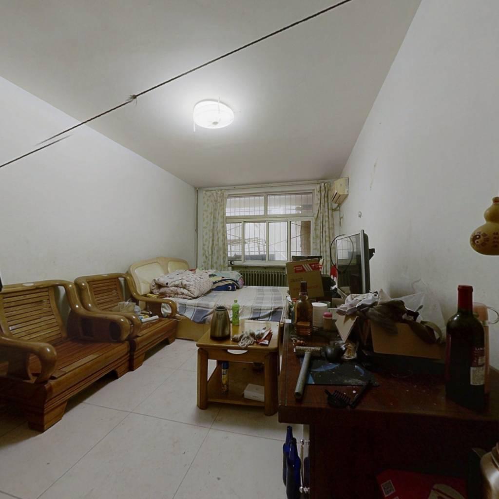 石门小区  两室一厅  一楼 一梯两户 看房方便