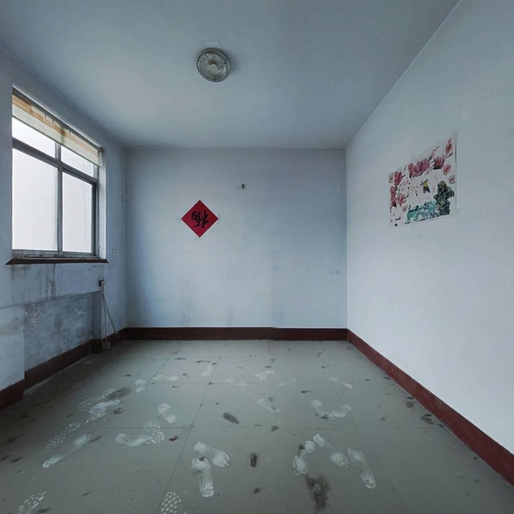 龙潭小区 2室1厅 南