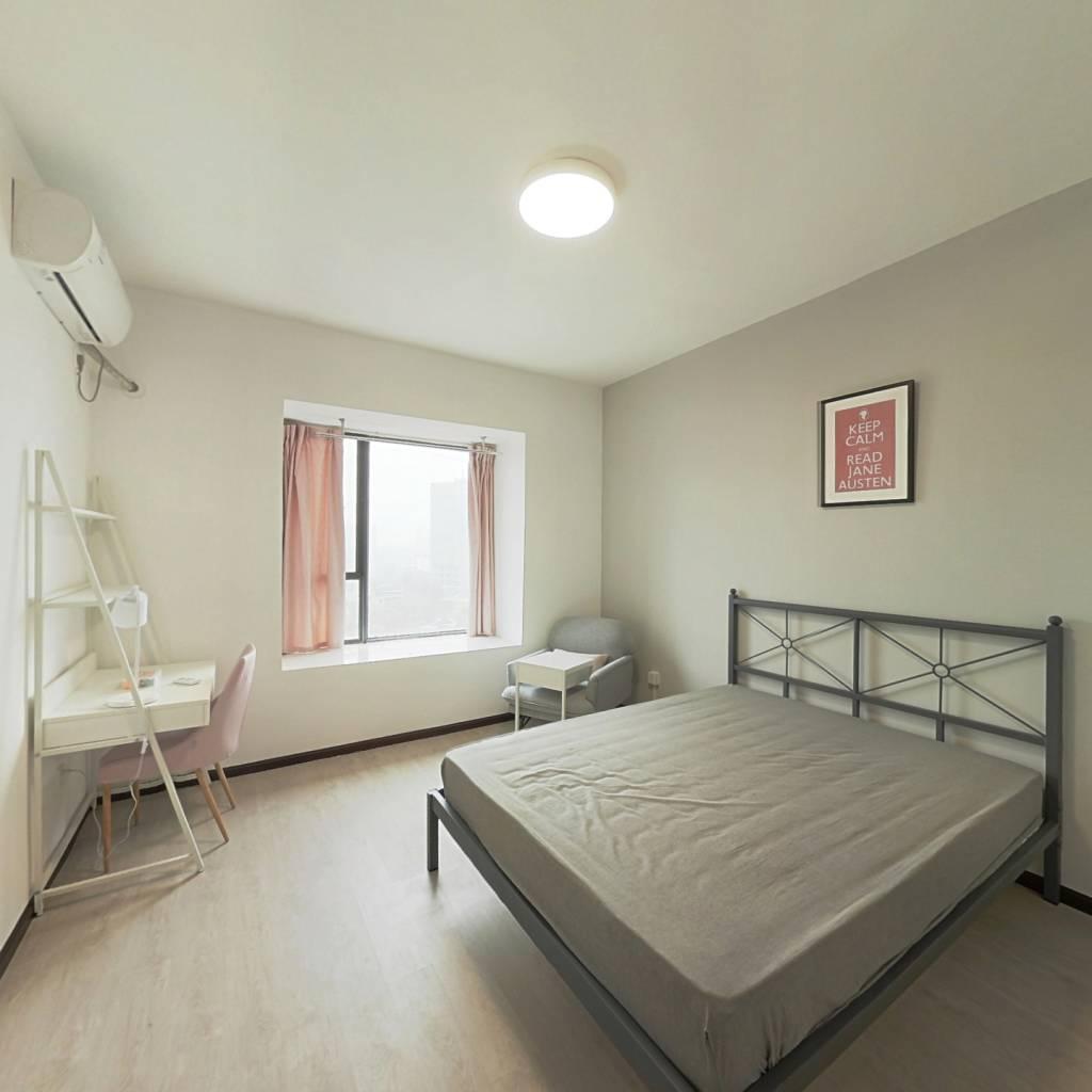 合租·汇融名城C区 4室1厅 北卧室图