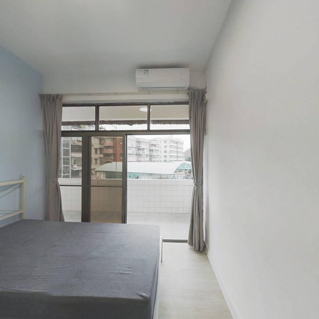 合租·小东园 4室1厅 南卧室图