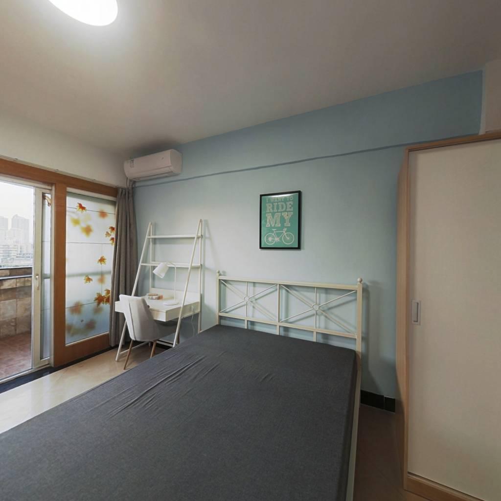 合租·穗南大厦 4室1厅 西卧室图