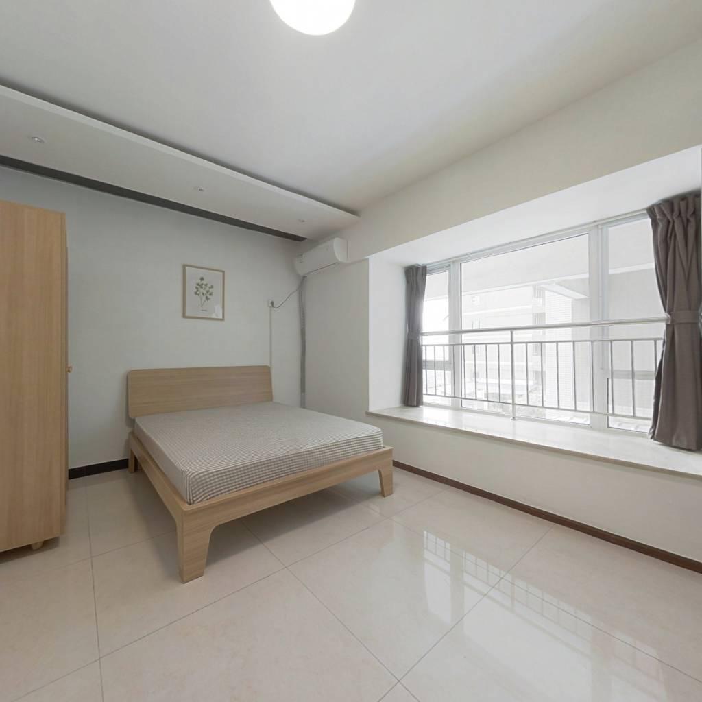 合租·东方锦都 4室1厅 东卧室图