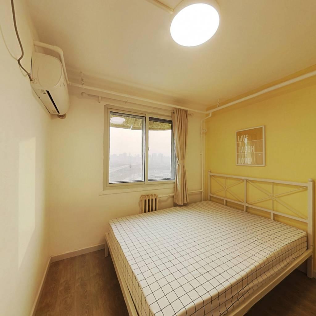 合租·慈云寺 3室1厅 西卧室图