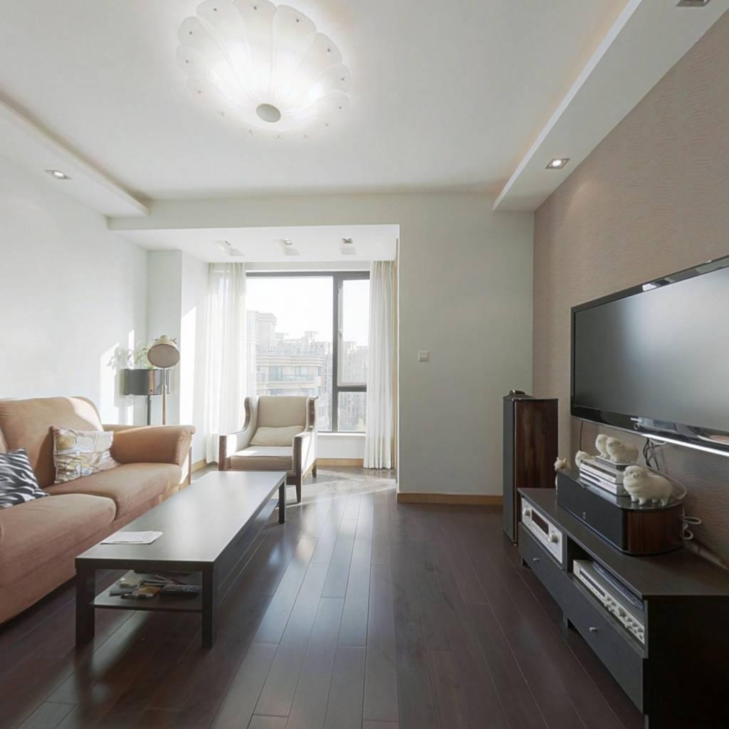 上海绿城三期,两梯两户,满五唯一,视野开阔看房方便