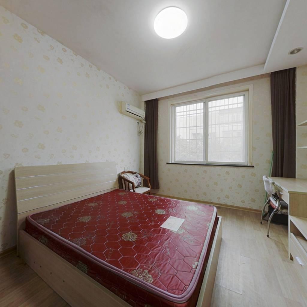 鸿翔锦园,单身公寓,小面积,拎包入住