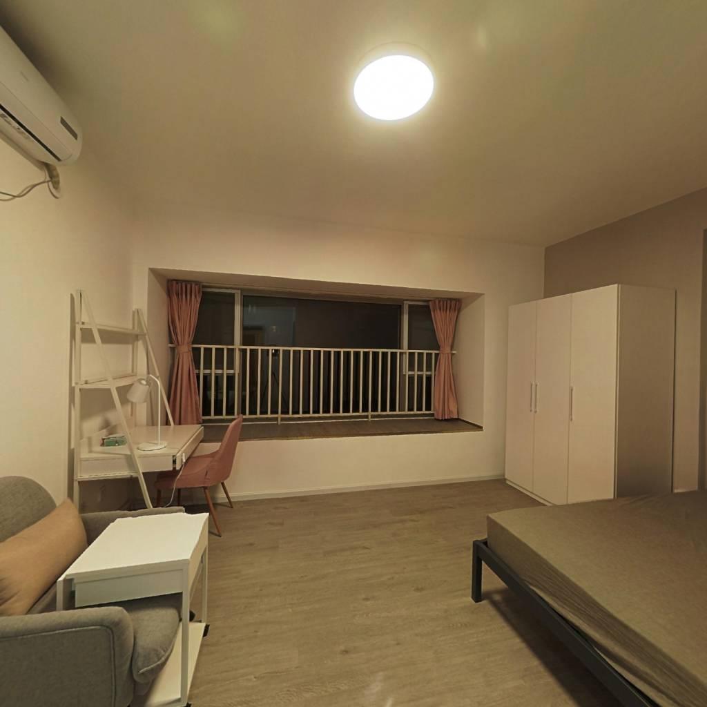 合租·南城都汇汇尚园 4室1厅 北卧室图