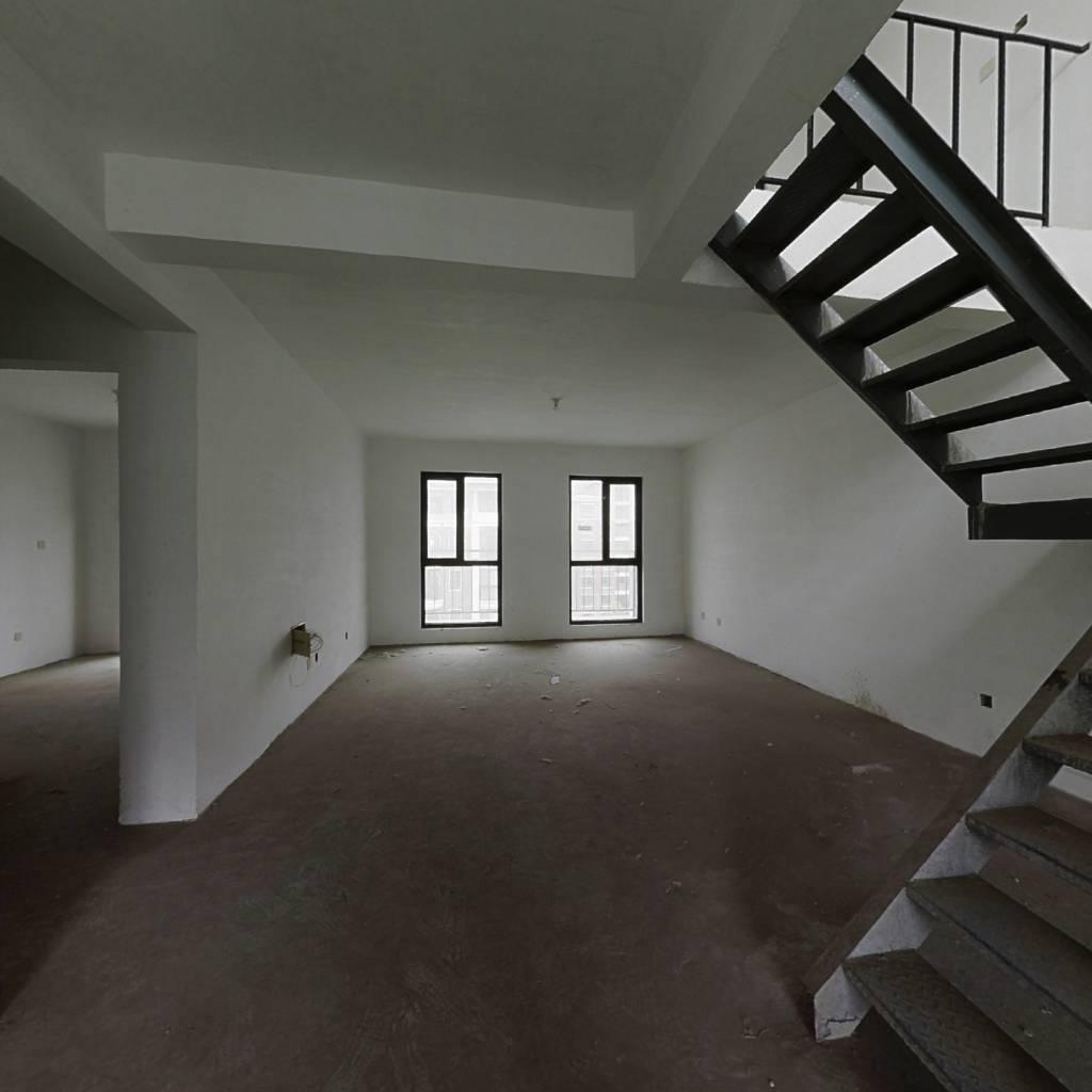 紫金山庄 8室2厅 南 北