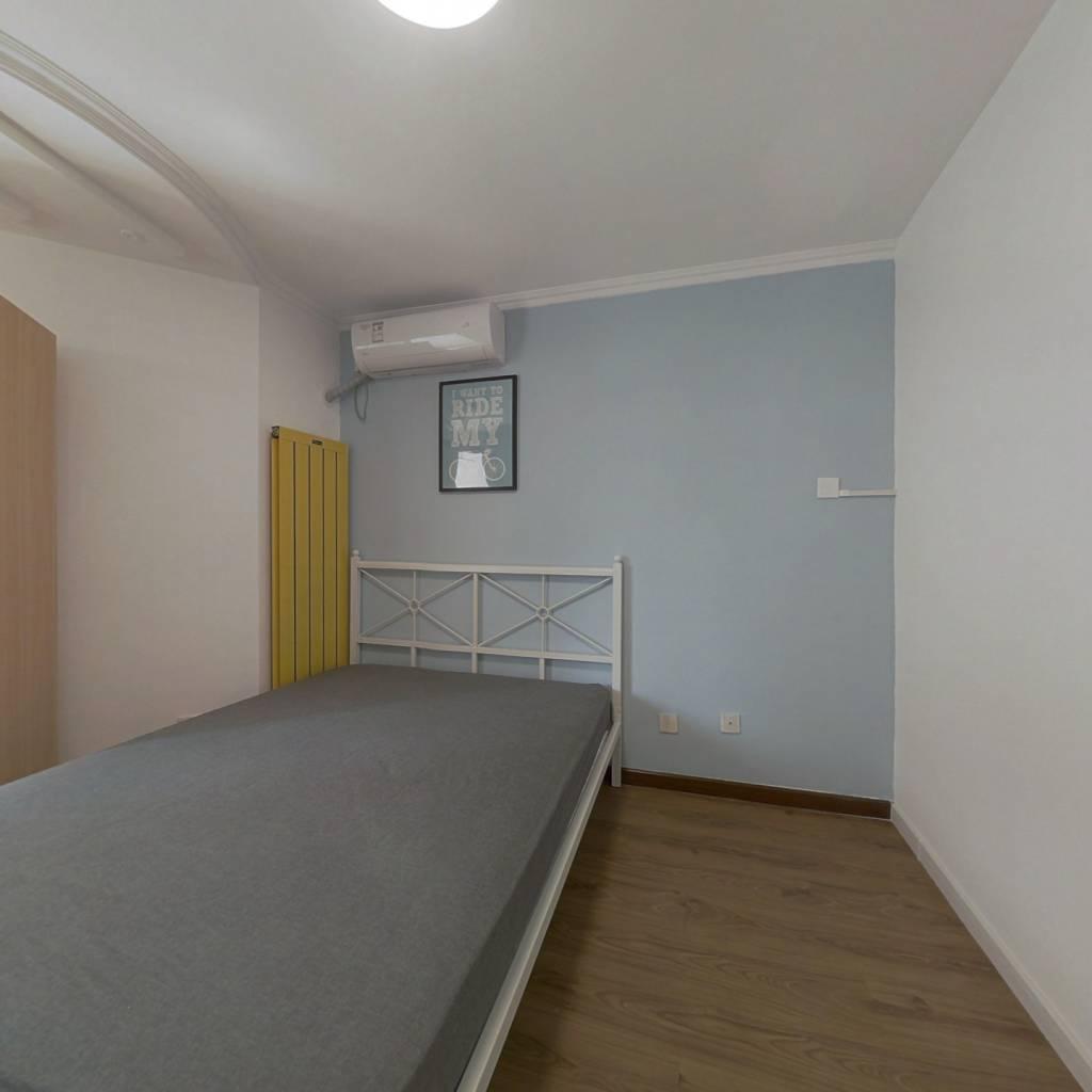 合租·乐城 3室1厅 西卧室图