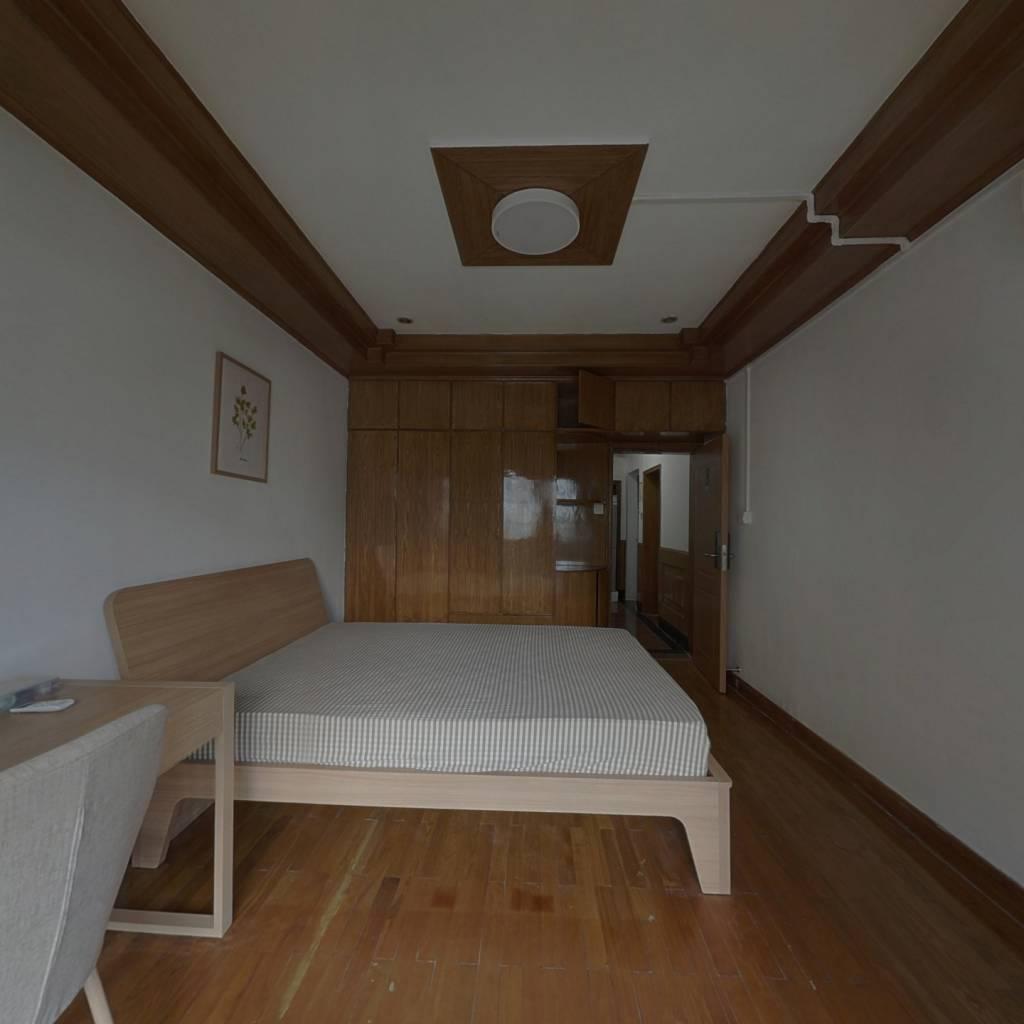 合租·文三新村 3室1厅 西卧室图