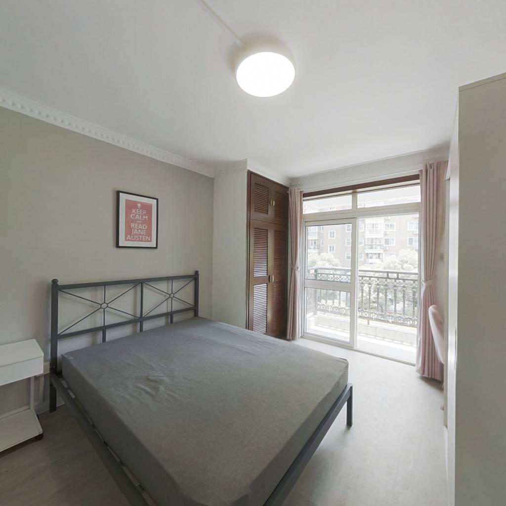 合租·绿洲城市花园 3室1厅 南卧室图
