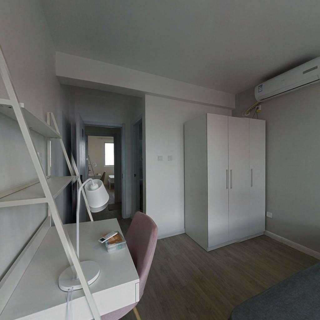 合租·融泰城 5室1厅 南卧室图