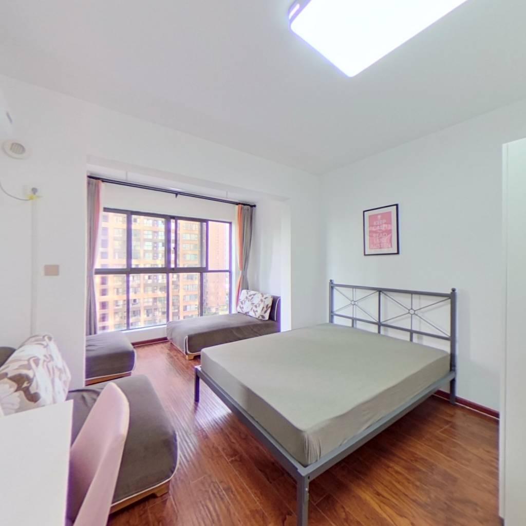 合租·中铁城锦南汇 4室1厅 西卧室图