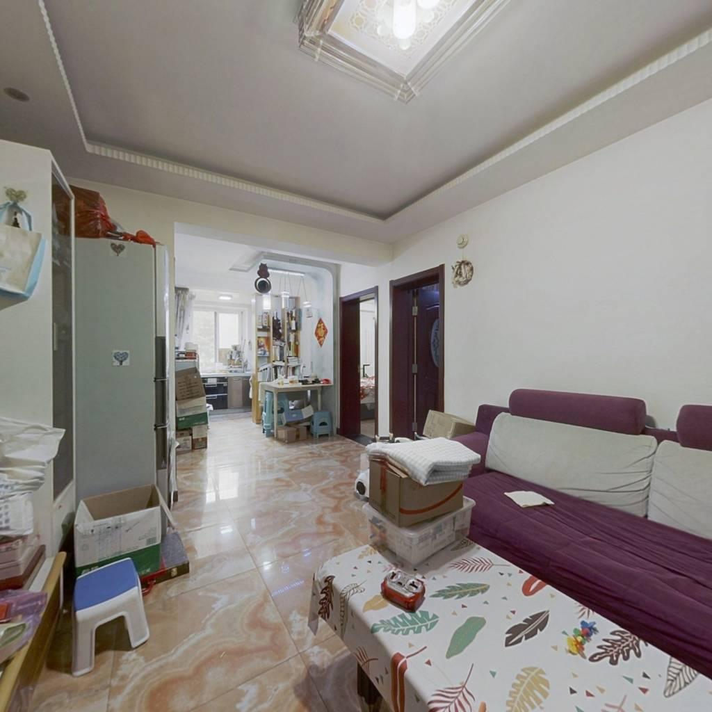 志强北园双南向大两居室,诚心出售,看房方便。