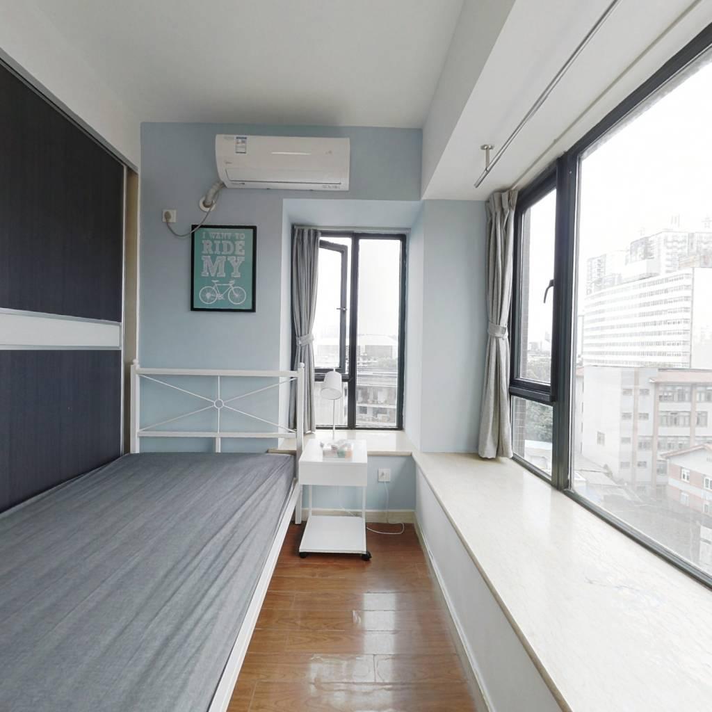 合租·摩卡筑 3室1厅 西卧室图