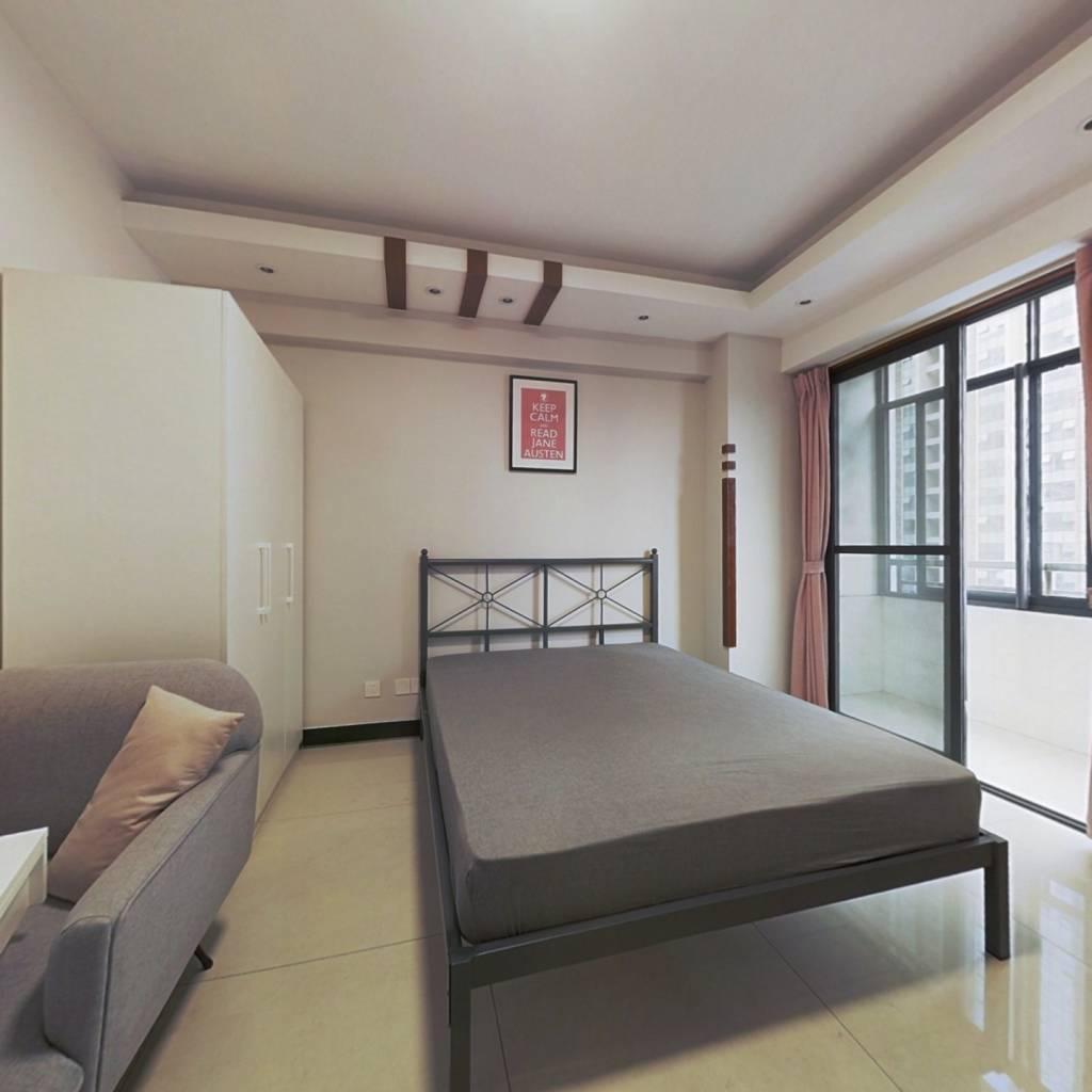 合租·冠城花园三期 4室1厅 南卧室图