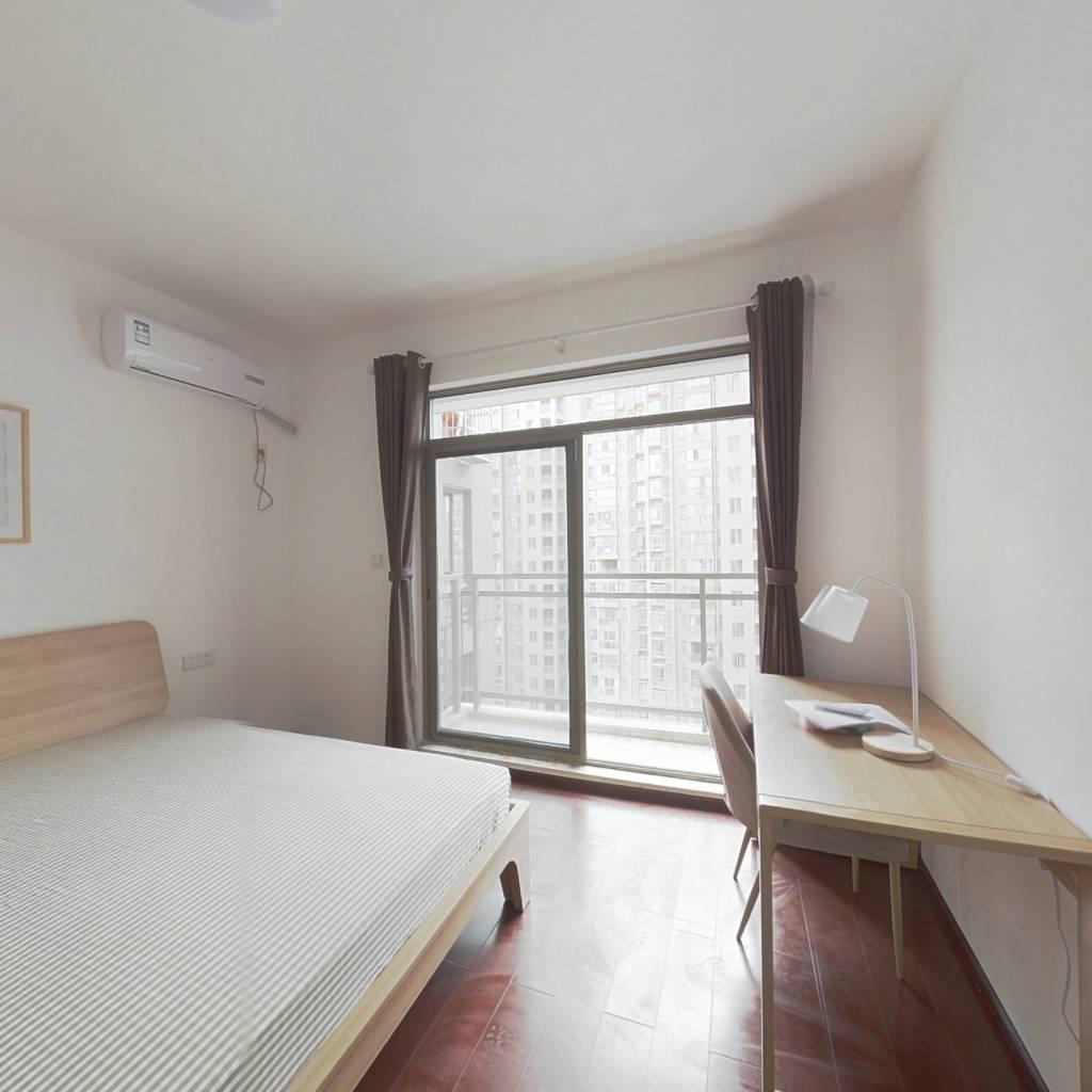 合租·新地盛世东方 5室1厅 南卧室图