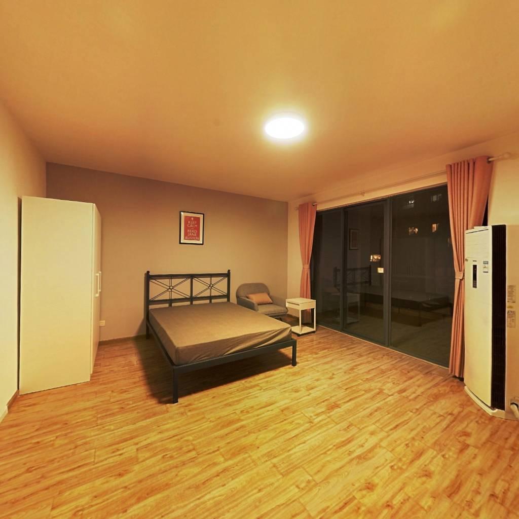 合租·金沙鹭岛二期 5室1厅 南卧室图