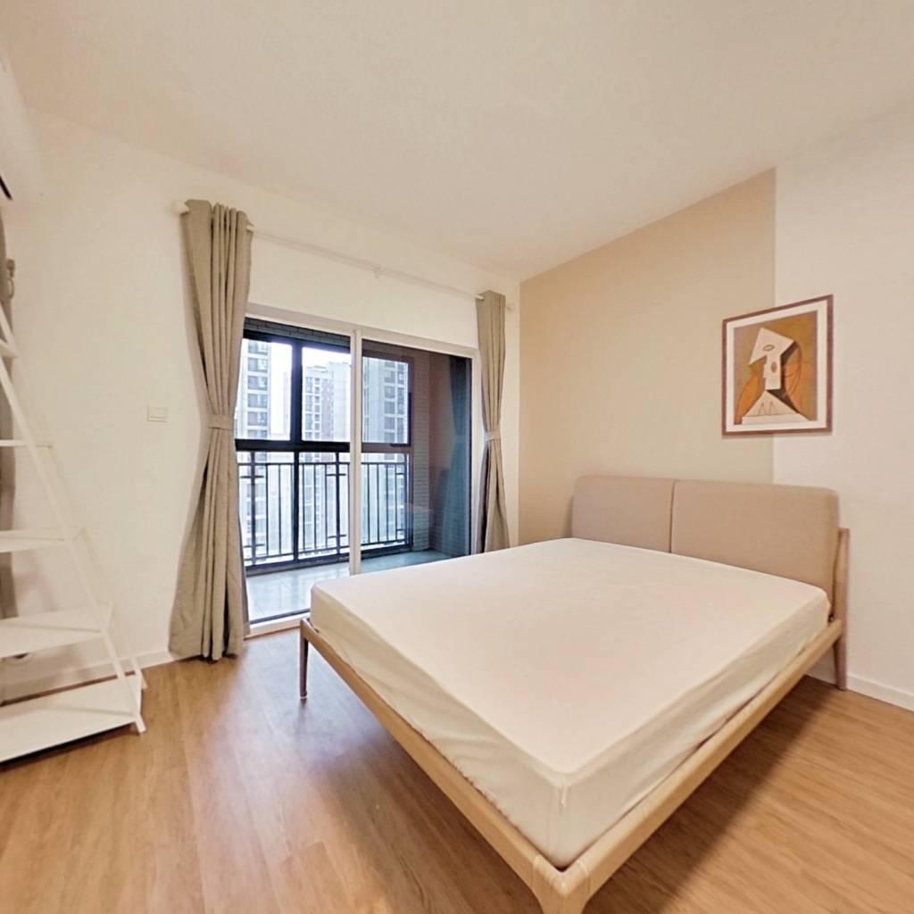 合租·联想江城雅居 3室1厅 南卧室图