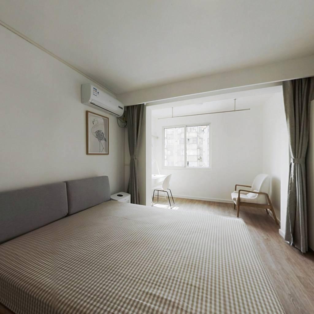 合租·天诚花苑 4室1厅 西卧室图