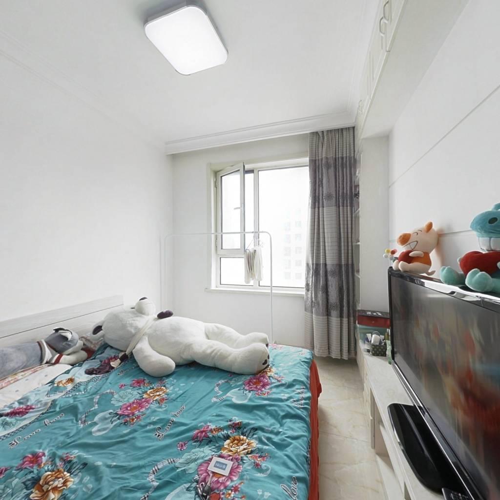 圣托里尼  精装修 南向一室一厅