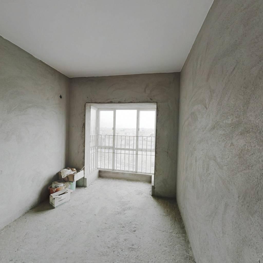 旭日御华庭 电梯一房 看房方便 税费底 价格美丽