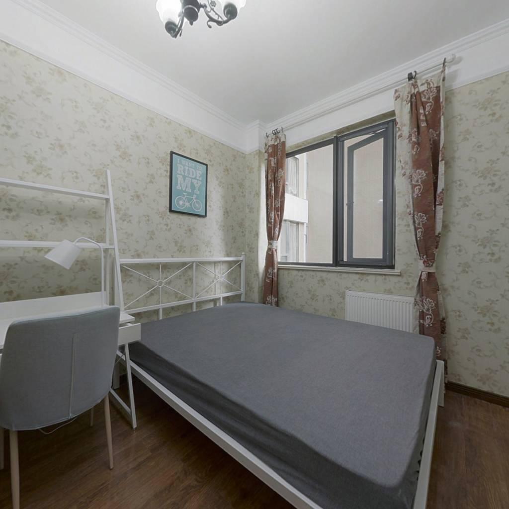 合租·翡翠城五期 4室1厅 南卧室图