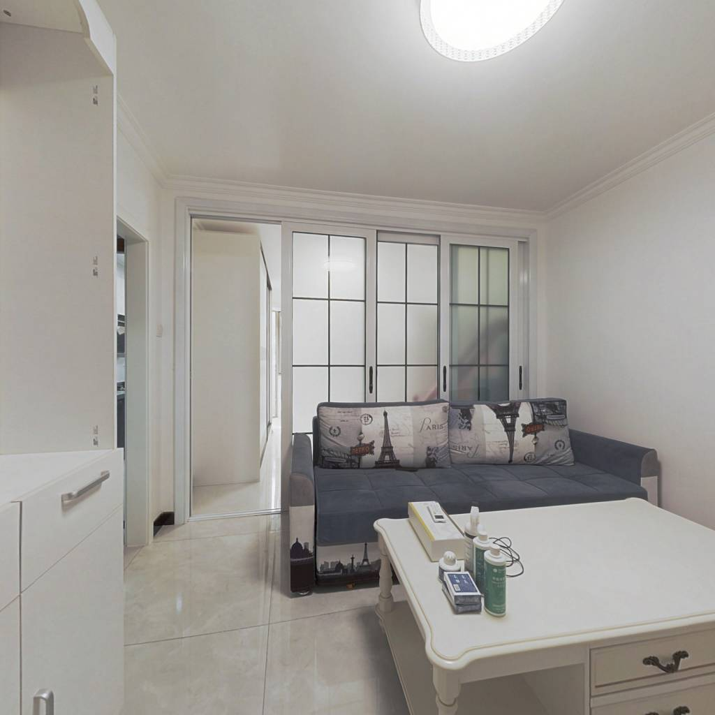 精装修,不临街,看房方便,正规一居室