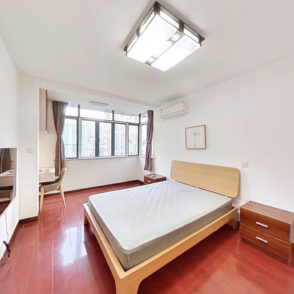 整租·炎虹路76弄 2室1厅 南卧室图