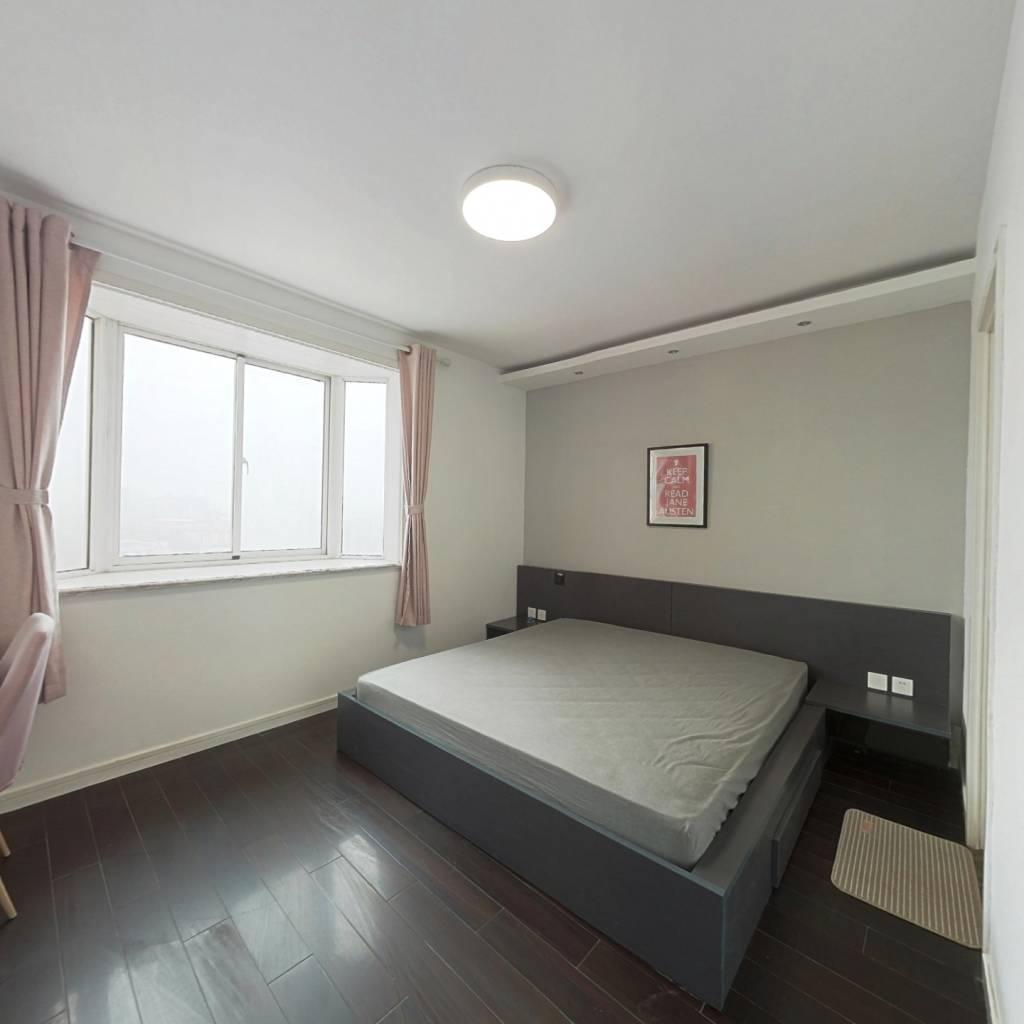 合租·新海城 4室1厅 西卧室图